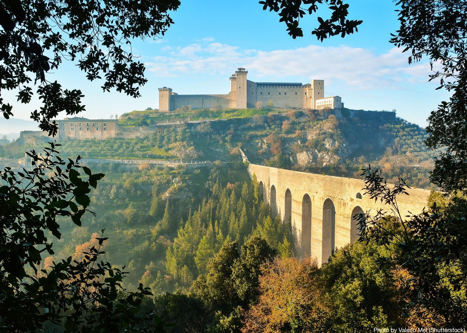 spoleto-family-cycling-holiday-in-italy.jpg - Italy - Spirit of Umbria - Family Cycling