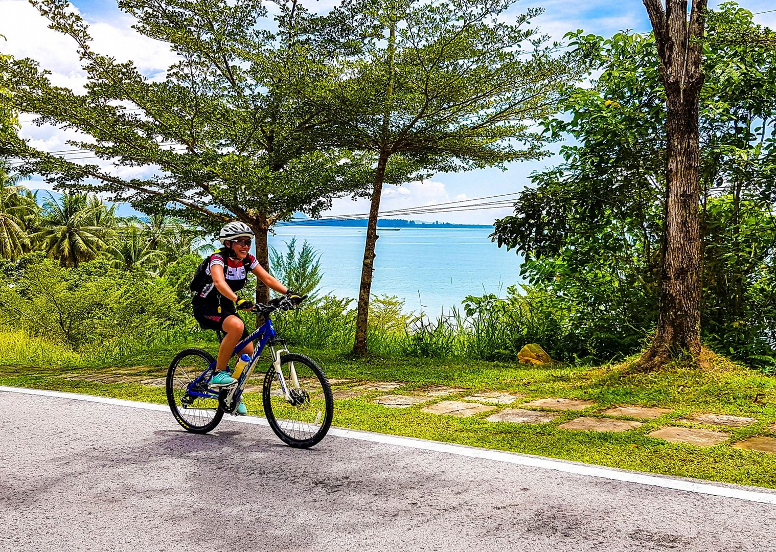 borneo-cycling-saddle-skedaddle-holidays-family-trip.jpg - NEW! Borneo - Sarawak Jungle Adventures - Family Cycling