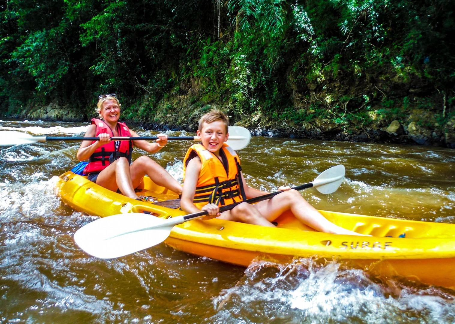 family-borneo-sarawak-holiday-fun-saddle-skeaddle-long-haul.jpg - Borneo - Sarawak Jungle Adventures - Family Cycling
